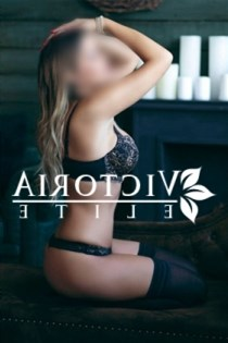 Anne Liv, horny girls in France - 9692