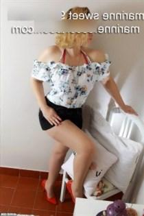 Babro, horny girls in France - 3152