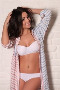 Luees, horny girls in Italy - 4523