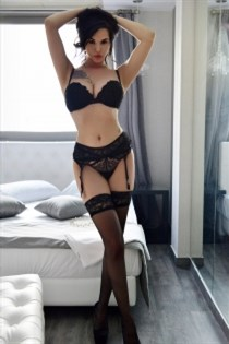 Qendrese, horny girls in France - 6304